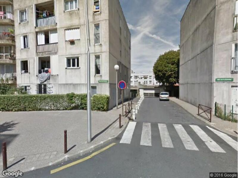 Location de parking - Torcy - Le Mail