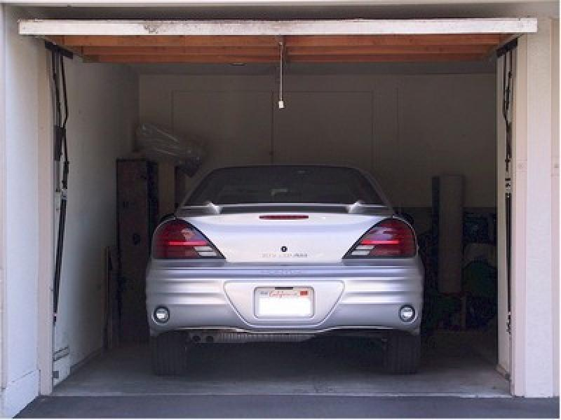 Parking louer villeurbanne ferrandiere for Garage a villeurbanne