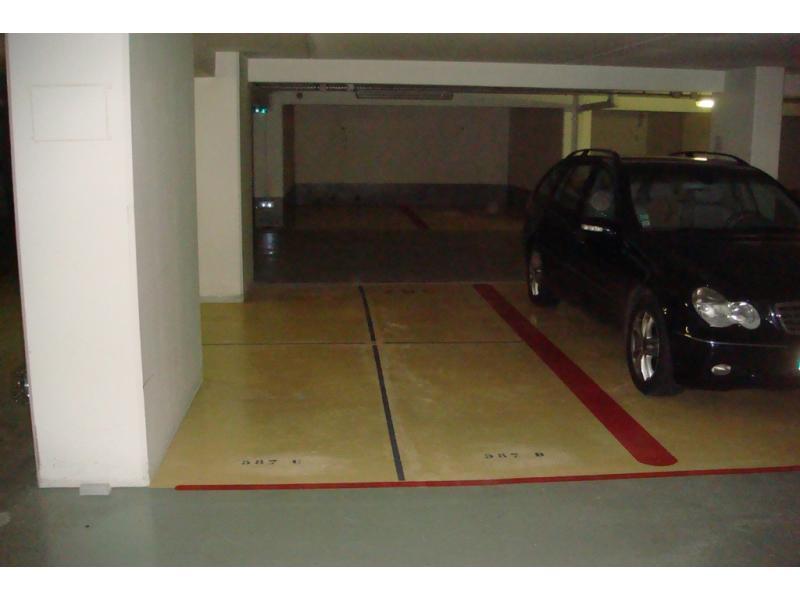 place de parking louer paris 14 denfert saint jacques glaci re. Black Bedroom Furniture Sets. Home Design Ideas