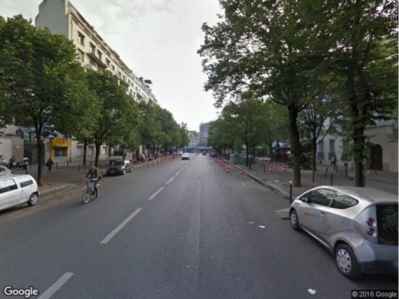 Place de parking à louer - Paris 75011 - Avenue de Taillebourg, 75011 Paris, France - 100 euros