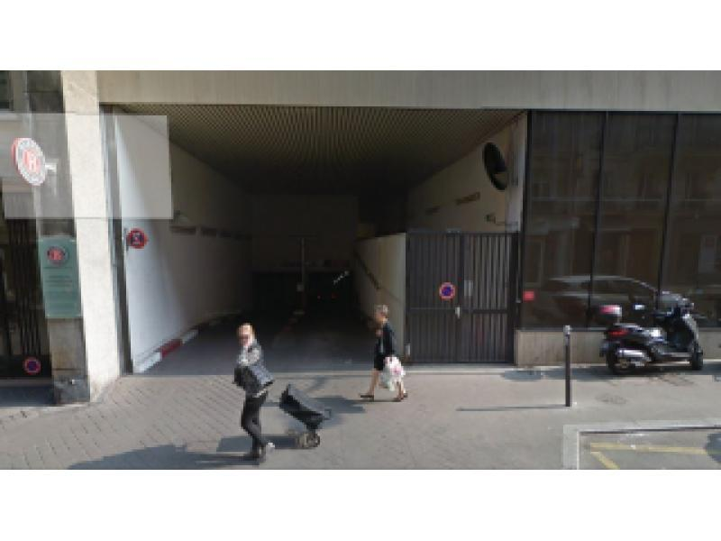 location de parking paris 16 trocad ro place victor hugo. Black Bedroom Furniture Sets. Home Design Ideas