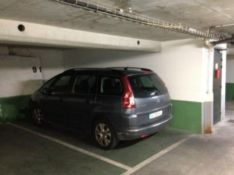 Place de parking à louer - Paris 2 - 16 rue du Croissant