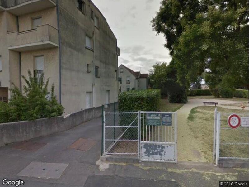 location de parking antony bois de l 39 aurore. Black Bedroom Furniture Sets. Home Design Ideas
