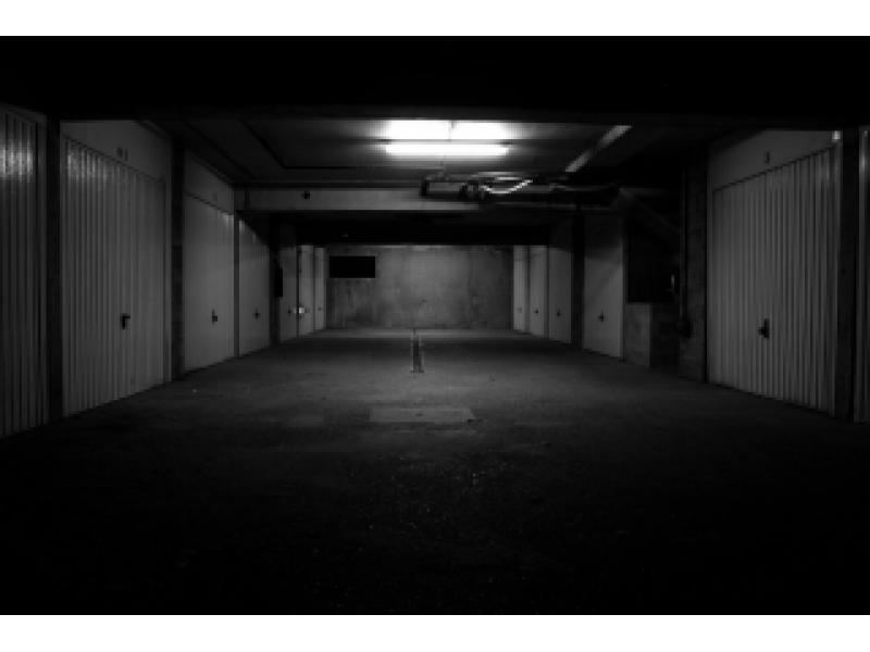 Parking louer marseille 7 dellepiane for Garage henri marseille