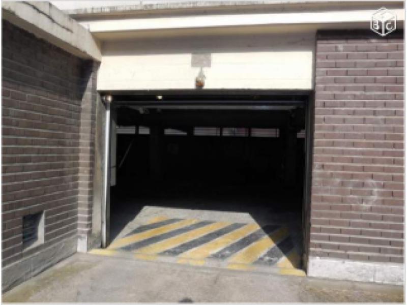 Place de parking louer lille vauban national - Station essence porte des postes lille ...