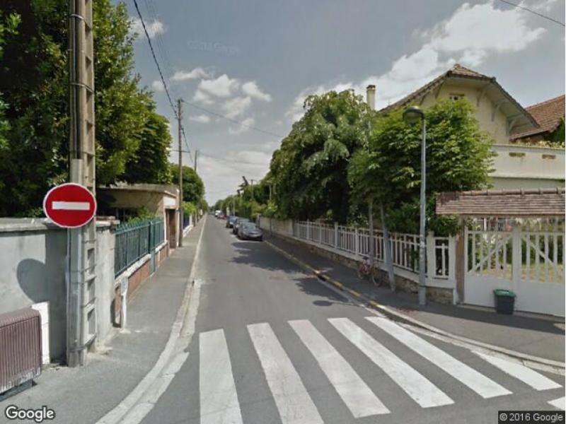 Parking Rue Pasteur, 78800 Houilles, France