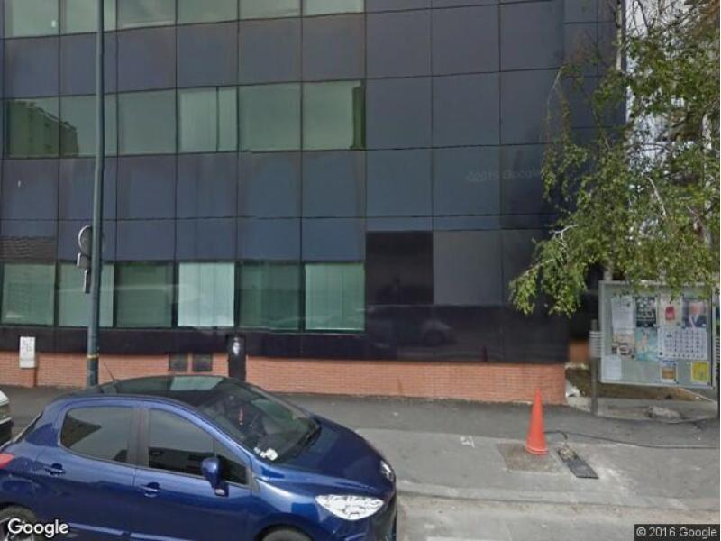 place de parking louer clichy 3 rue klock. Black Bedroom Furniture Sets. Home Design Ideas