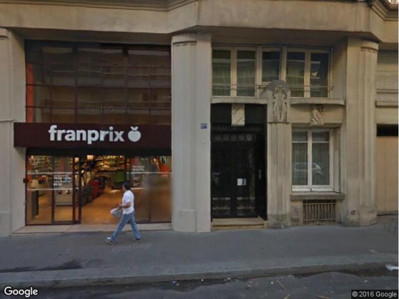 Place de parking à louer - Paris 75017 - 114 rue Cardinet