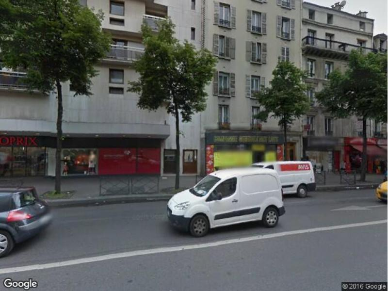 Place de parking à louer - Paris 75018 - 62 Rue Marx Dormoy, 75018 Paris, France - 80 euros
