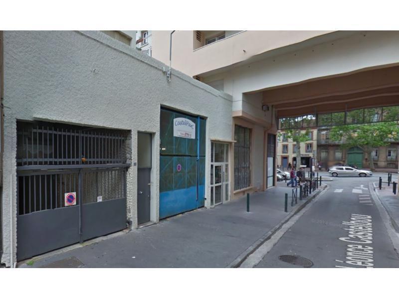 place de parking louer toulouse 5 boulevard lascrosses. Black Bedroom Furniture Sets. Home Design Ideas