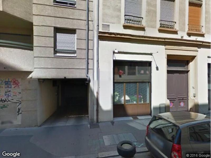 Place de parking louer lyon 3 76 rue l on jouhaux for Garage gacon lyon 3