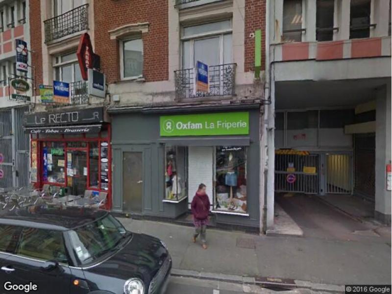 Place de parking louer lille 28 rue de l 39 h pital for Garage lille centre