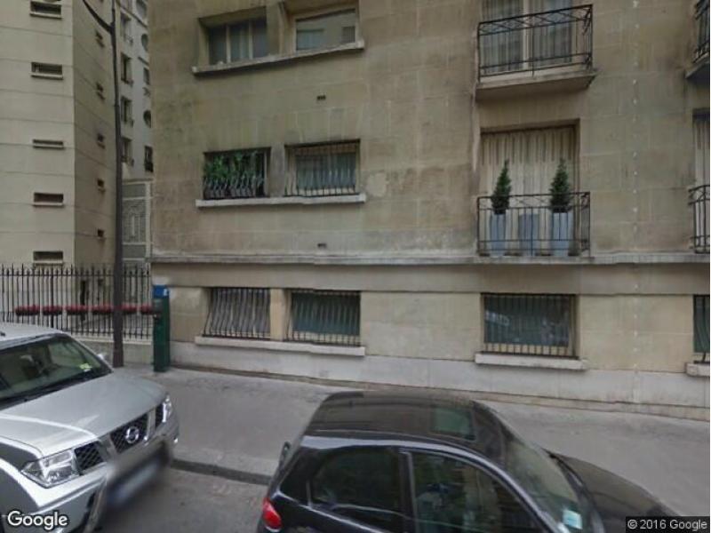 parking louer paris 51 avenue foch. Black Bedroom Furniture Sets. Home Design Ideas