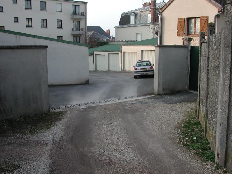 Location de garage pernay coteau ouest les forges est - Assurance garage location ...