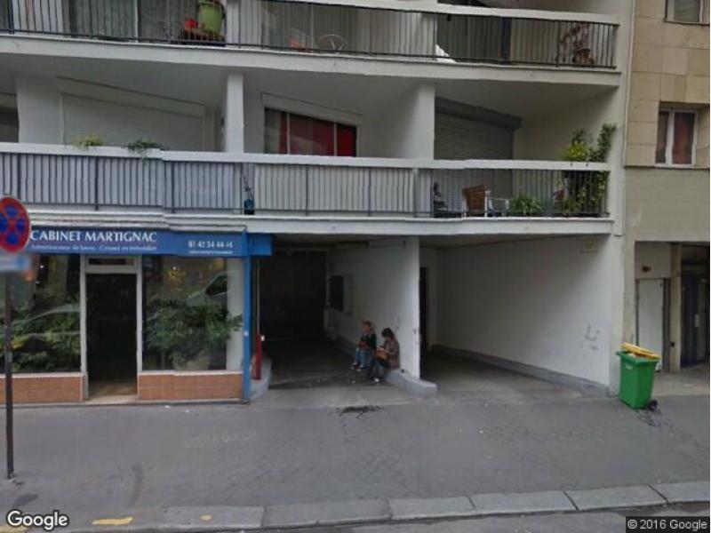 location de parking paris 18 97 rue duhesme. Black Bedroom Furniture Sets. Home Design Ideas