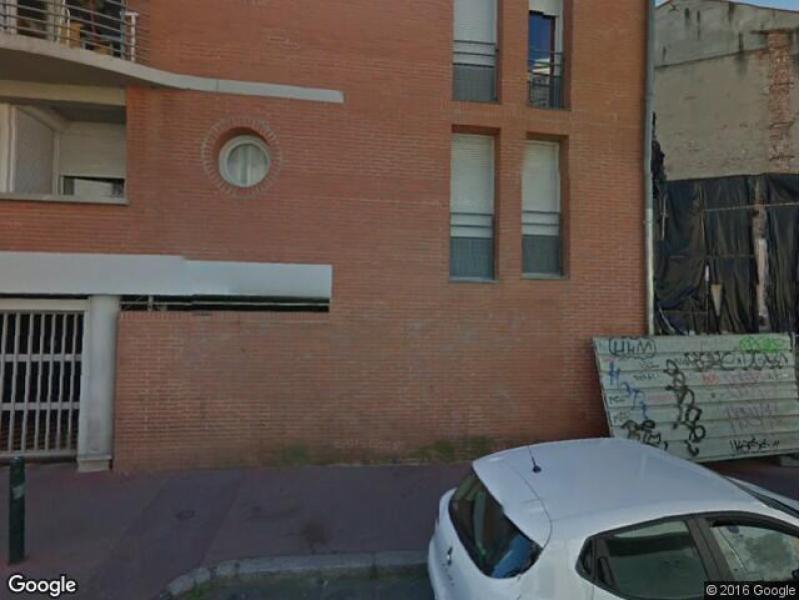 location de parking toulouse 32 rue des 7 troubadours. Black Bedroom Furniture Sets. Home Design Ideas