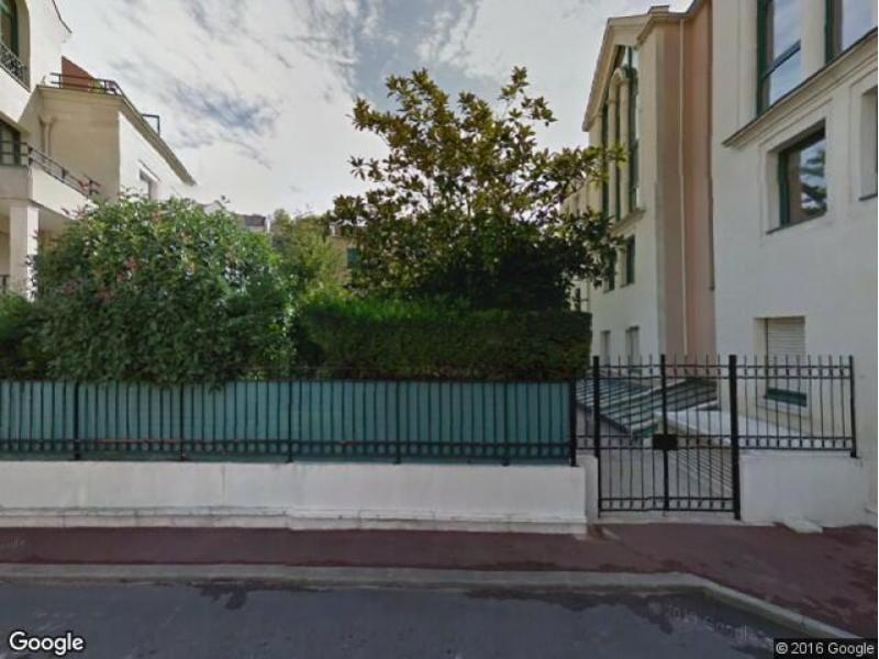 Location de garage maisons laffitte 46 rue de paris for Garage sellier maisons laffitte