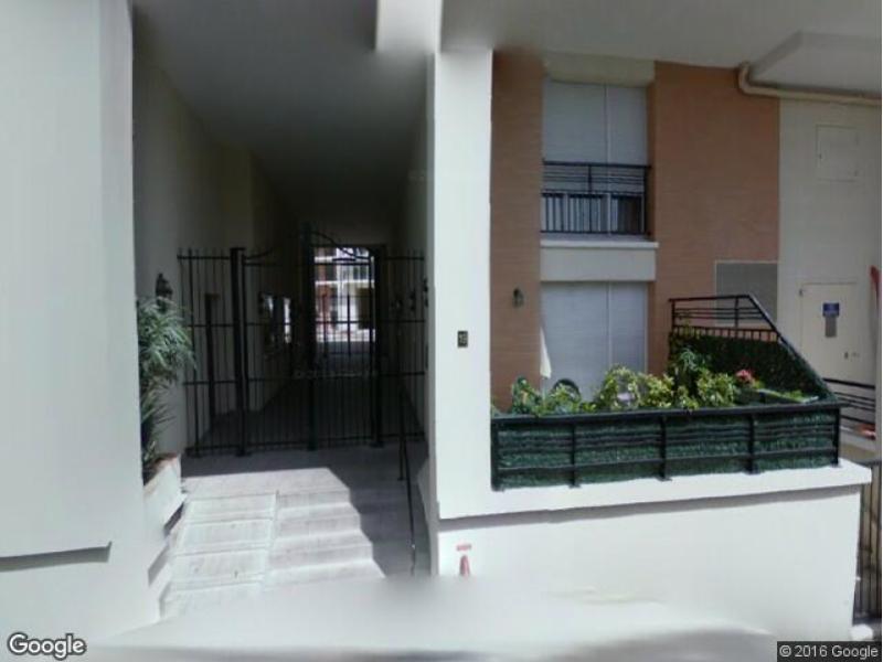 location de parking alfortville 19 rue louis blanc. Black Bedroom Furniture Sets. Home Design Ideas