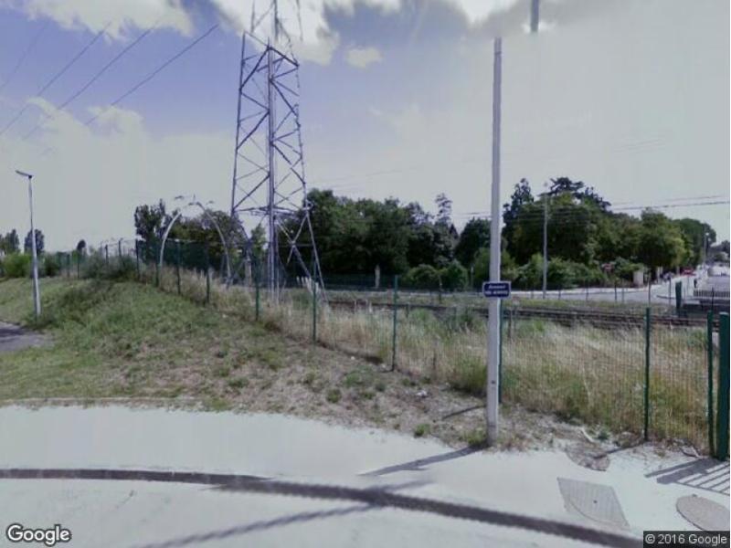 Location de parking pessac 11 avenue des aci ries for Garage auto pessac alouette