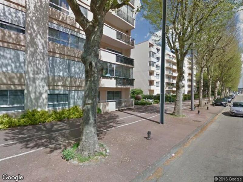 Location de parking le petit quevilly 124 avenue jean for Garage bobigny avenue jean jaures