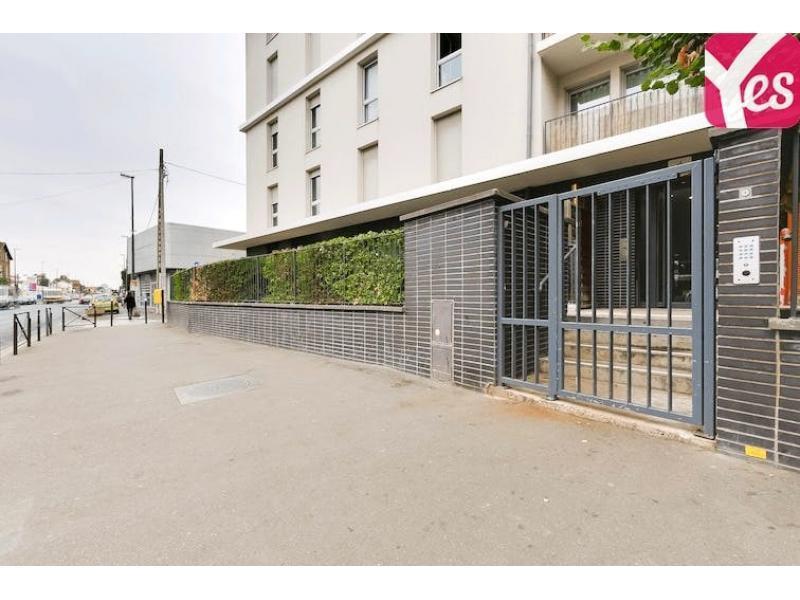 Location parking gare deuil montmagny deuil la barre for Box garage a louer creteil