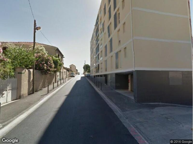 Location de garage marseille 10 avenue de la timone for Garage rue roux de brignoles marseille