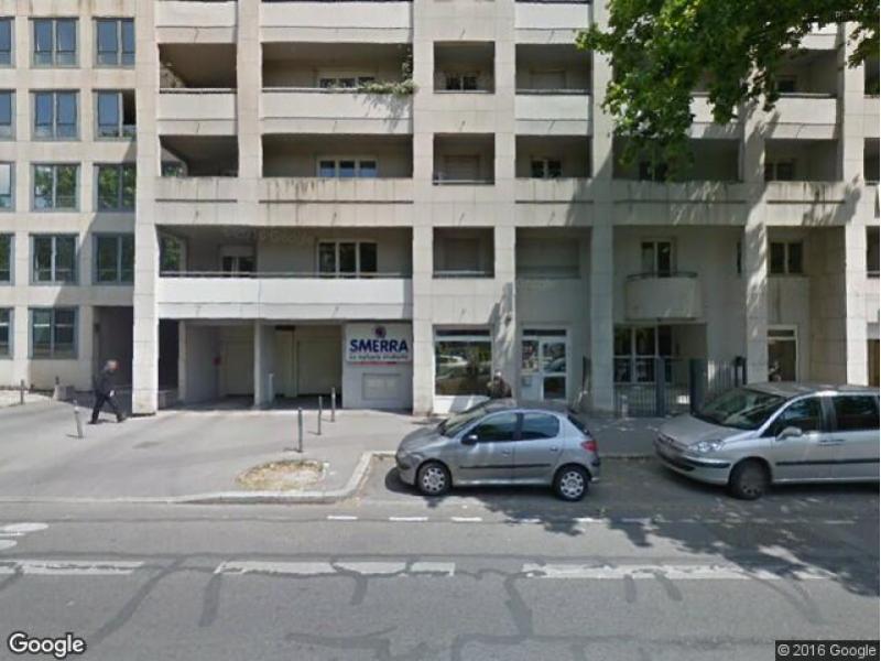 Parking louer lyon 3 5 cours albert thomas for Garage lyon 5