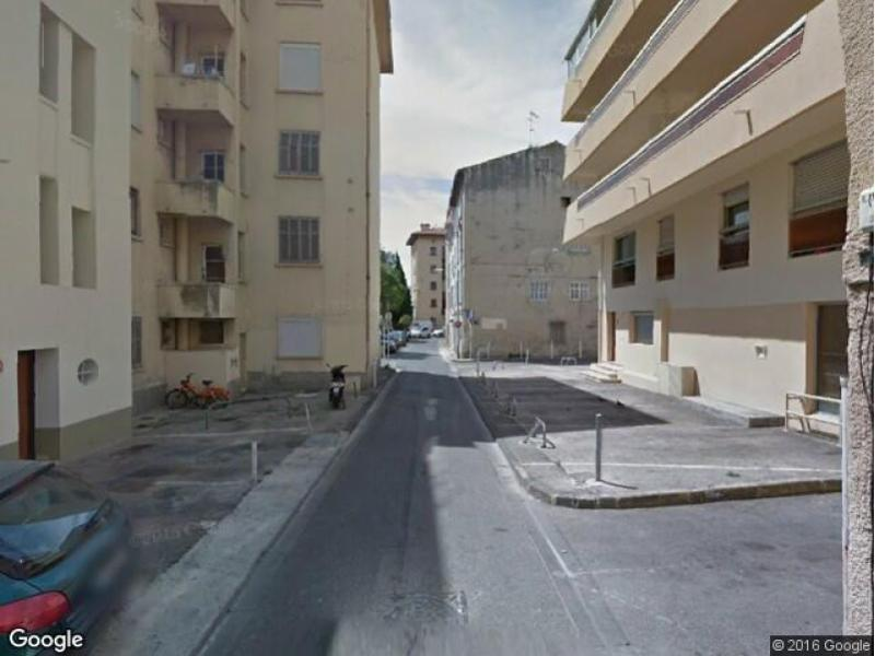 Place de parking à louer - Toulon 83200 - Rue Gilly, 83200 Toulon, France