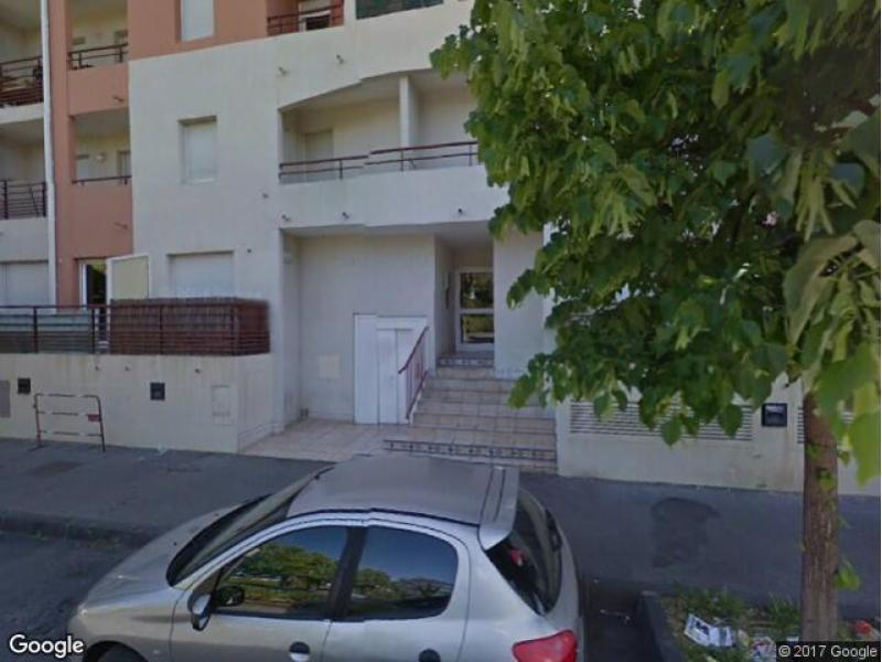 parking louer montpellier 46 rue de la constituante. Black Bedroom Furniture Sets. Home Design Ideas