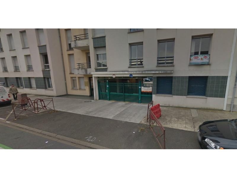 location de parking le mans 222 avenue de la lib ration. Black Bedroom Furniture Sets. Home Design Ideas