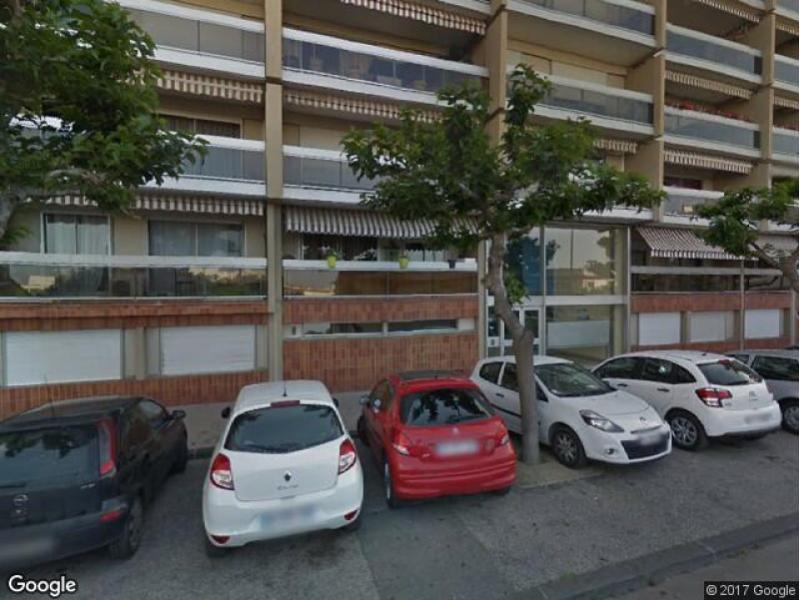 Parking louer marseille 1 10 rue ranque for Garage moto marseille