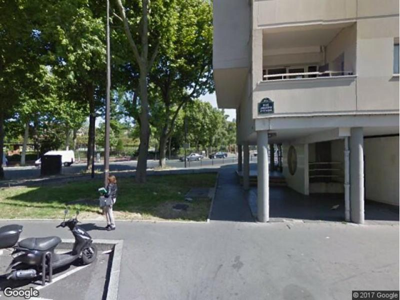 place de parking louer paris 20 23 rue joseph python. Black Bedroom Furniture Sets. Home Design Ideas