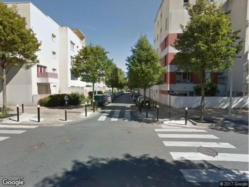 location de parking orly 27 rue du docteur calmette. Black Bedroom Furniture Sets. Home Design Ideas