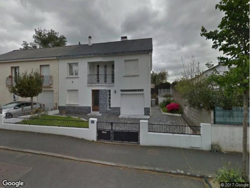 Location de box nantes 54 rue des renards for Louer garage nantes