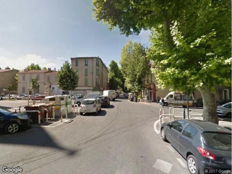 location de parking marseille 5 rue pascal ruinat. Black Bedroom Furniture Sets. Home Design Ideas