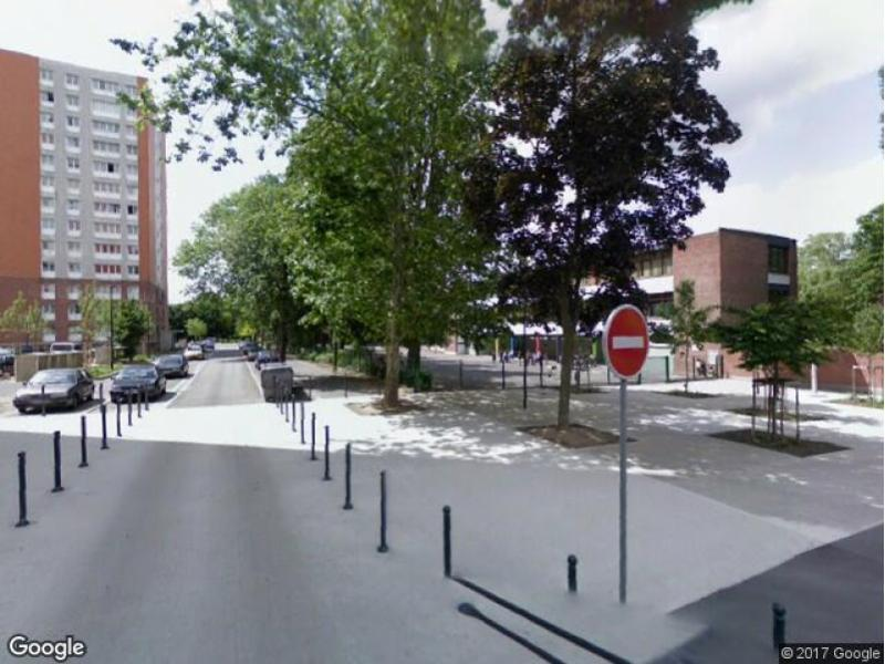 Location de parking loos rue jean zay for Location garage loos 59120