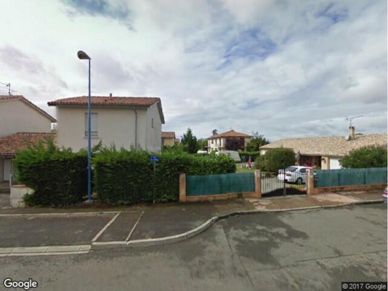 Place de parking louer castelginest 31780 7 rue eric for Garage utilitaire reims