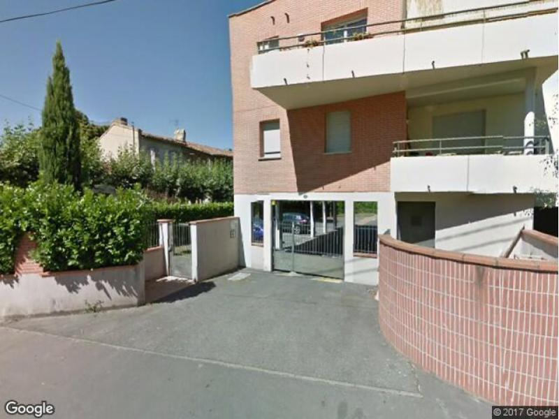 Location de parking toulouse 131 chemin lapujade for Location de garage toulouse
