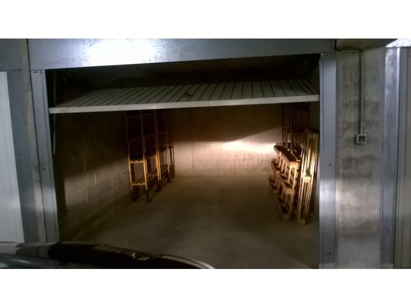 Location de garage montpellier 209 rue buffon for Location garage montpellier
