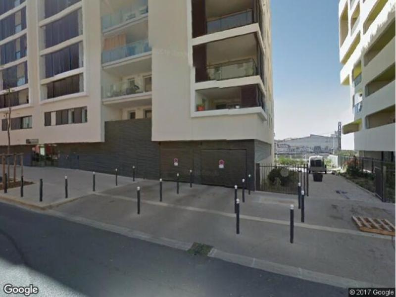 location de garage montpellier rue colin. Black Bedroom Furniture Sets. Home Design Ideas