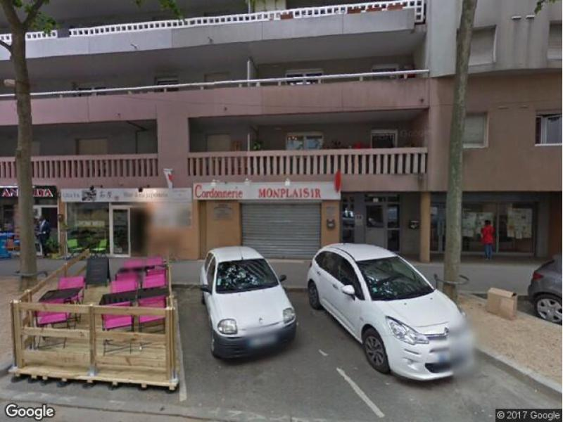 Place de parking louer lyon 8 13 rue antoine lumi re for Garage avatacar lyon 8