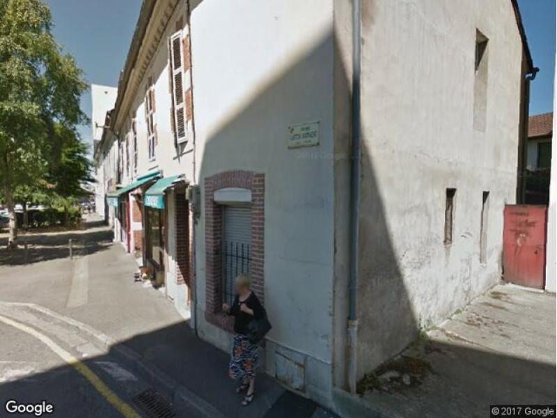 Location de garage tarbes 22 rue gaston manent for Garage de location