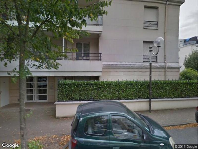 parking louer ch tenay malabry 386 avenue de la division leclerc. Black Bedroom Furniture Sets. Home Design Ideas
