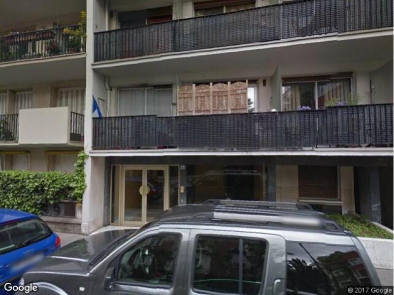 paris 16 28 rue parent de rosan place de parking louer. Black Bedroom Furniture Sets. Home Design Ideas