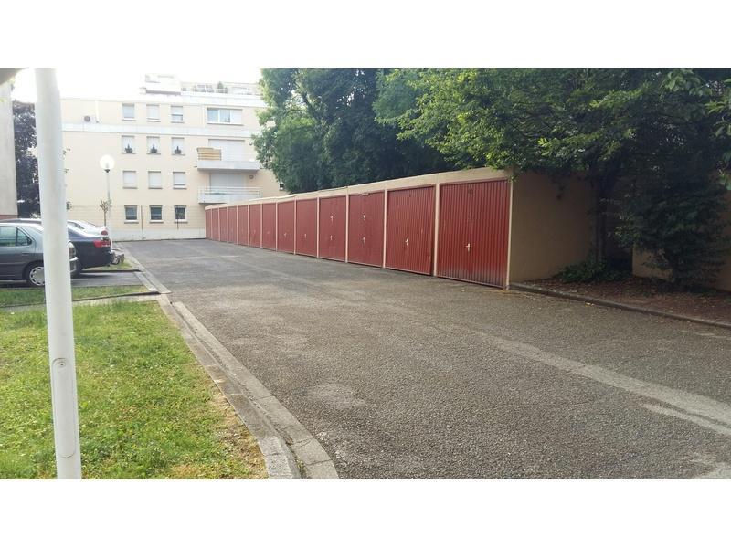 Parking louer strasbourg cour de bretagne - Garage a louer strasbourg ...