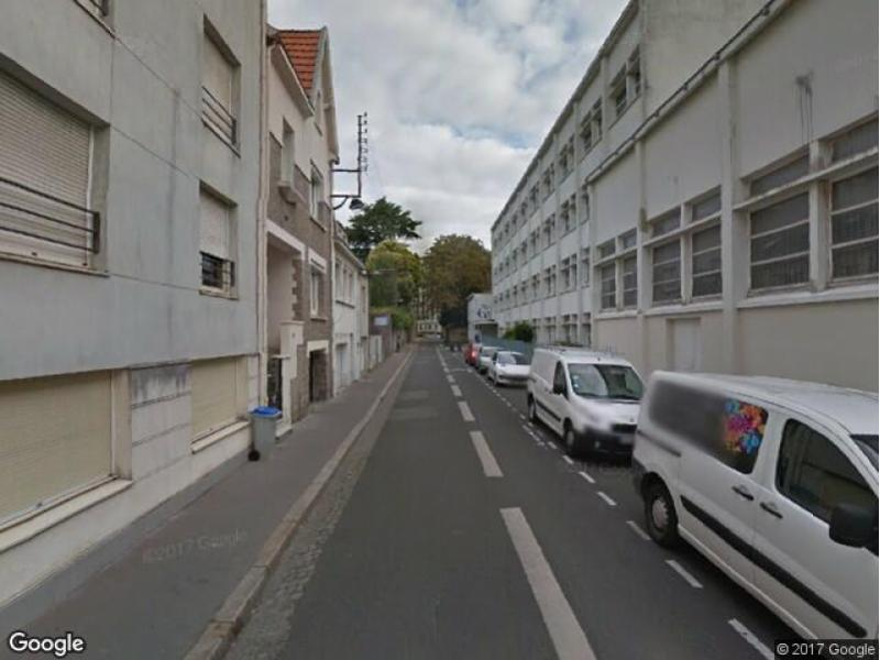 Location de parking nantes rue de s vign for Garage monsieur embrayage nantes boulevard des anglais