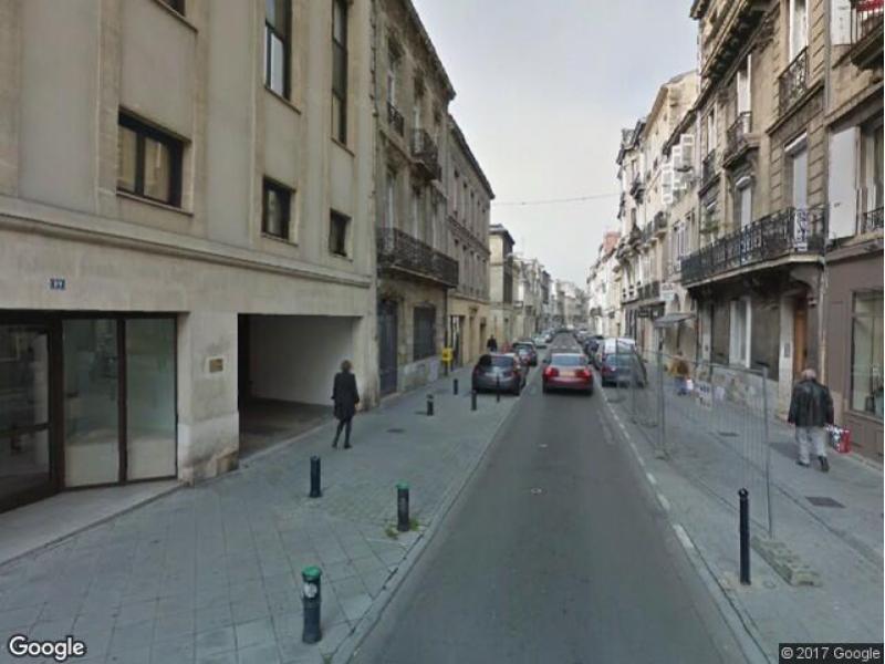 location de parking bordeaux 89 rue du palais gallien. Black Bedroom Furniture Sets. Home Design Ideas