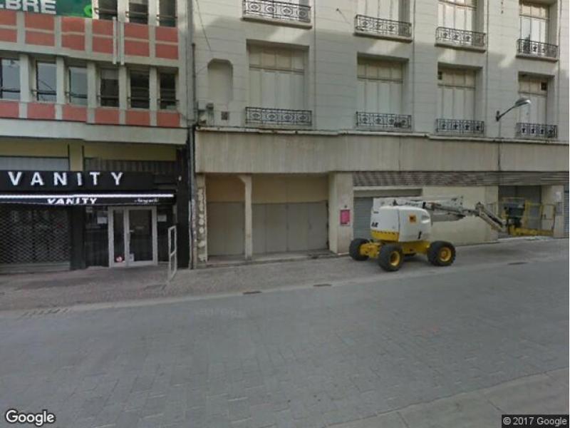 Parking louer lille 22 rue de l 39 h pital militaire for Garage du faubourg lille