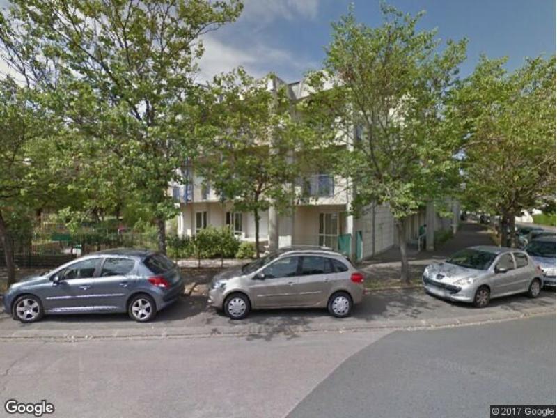 Parking louer orl ans cigogne - Location utilitaire orleans ...