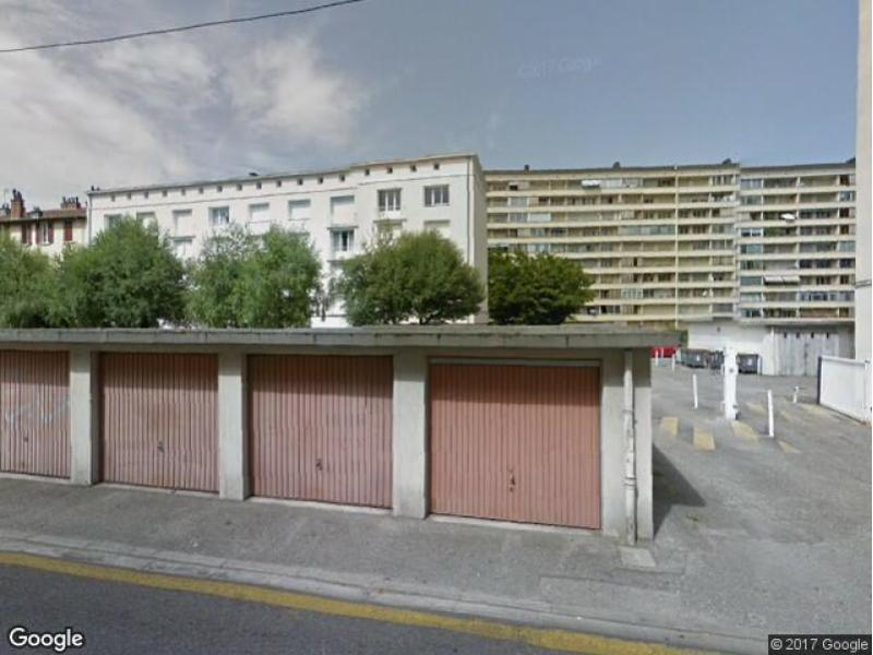 Location de garage chamb ry 72 rue costa de beauregard for Garage a louer 2ememain
